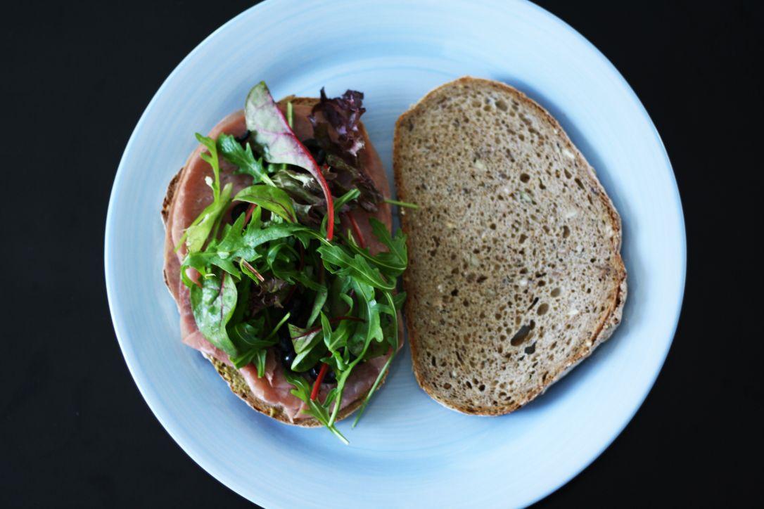 Sandwich rookvlees en pesto Healthiness